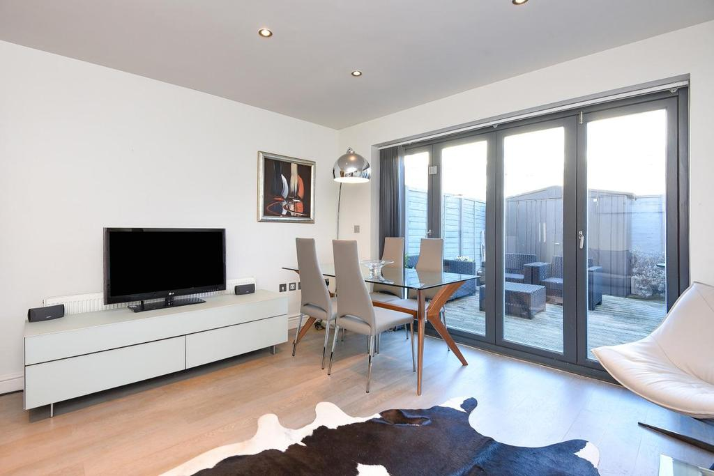 4 Bedrooms Terraced House for sale in Kimber Road, Earlsfield