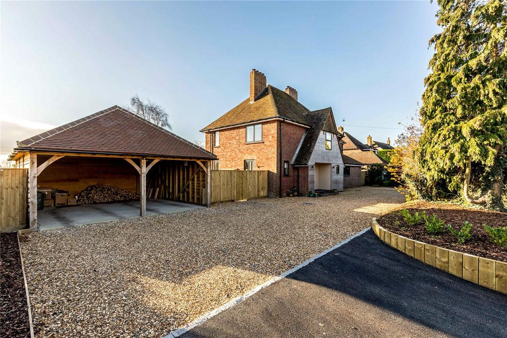 4 Bedrooms Detached House for sale in Easthampnett Lane, Easthampnett, Chichester, West Sussex