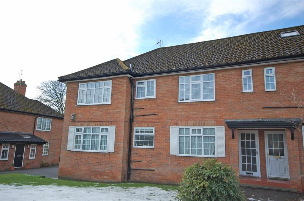 2 Bedrooms Flat for rent in Cavendish Avenue, Harrogate