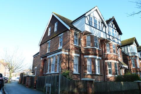 4 bedroom maisonette to rent - Folkestone CT19