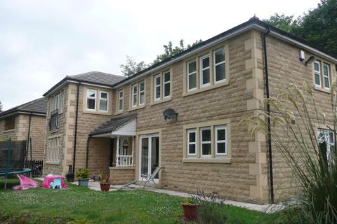 3 bedroom detached house to rent - Clay House Lane, Greetland, Halifax HX4
