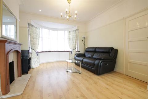 3 bedroom semi-detached house to rent - Linkside N12