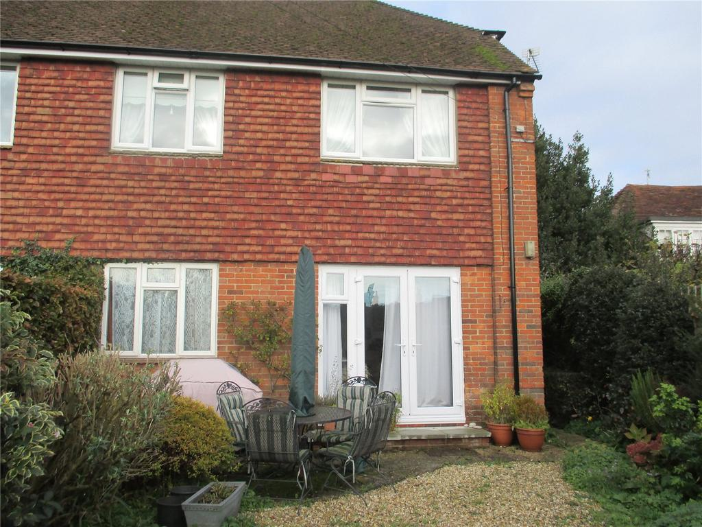 1 Bedroom Flat for rent in Castle Gardens, Duck Lane, Midhurst, West Sussex, GU29