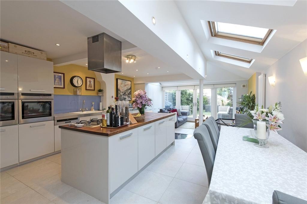 5 Bedrooms Terraced House for sale in Abbeville Road, Abbeville Village, London, SW4