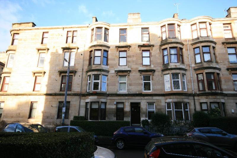 2 Bedrooms Flat for rent in Lawrie Street, Partick, Glasgow, G11 5NL