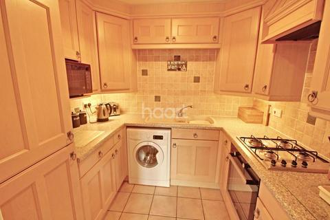 1 bedroom flat for sale - Gras Lawn