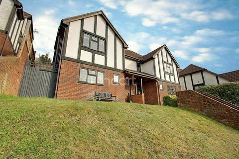3 bedroom semi-detached house for sale - Polesteeple Hill, Biggin Hill