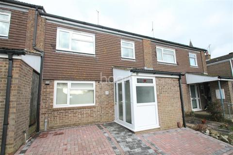 3 bedroom terraced house to rent - Blake Court TN24