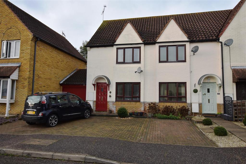 2 Bedrooms Terraced House for sale in Shirebourn Vale, South Woodham Ferrers