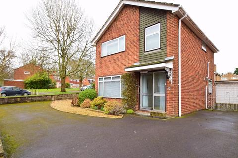 3 bedroom detached house to rent - Lordswood