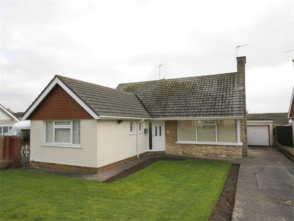 3 Bedrooms Detached Bungalow for sale in Minehead Avenue, Sully
