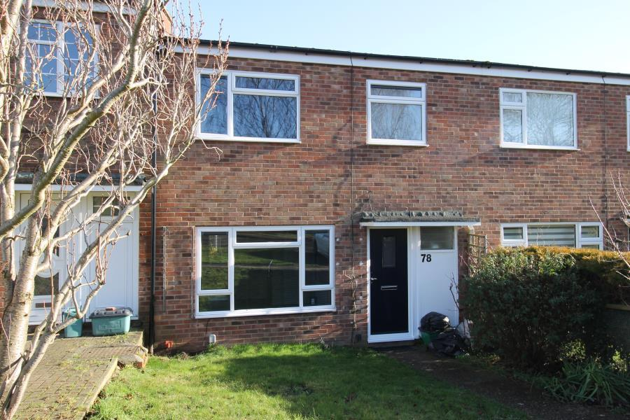 3 Bedrooms Terraced House for rent in New Kiln Road Lexden