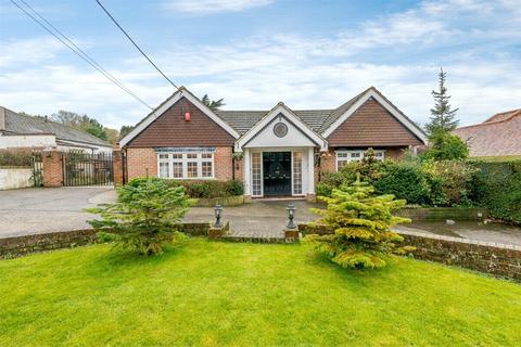 5 bedroom detached bungalow for sale - Fawkham, Kent