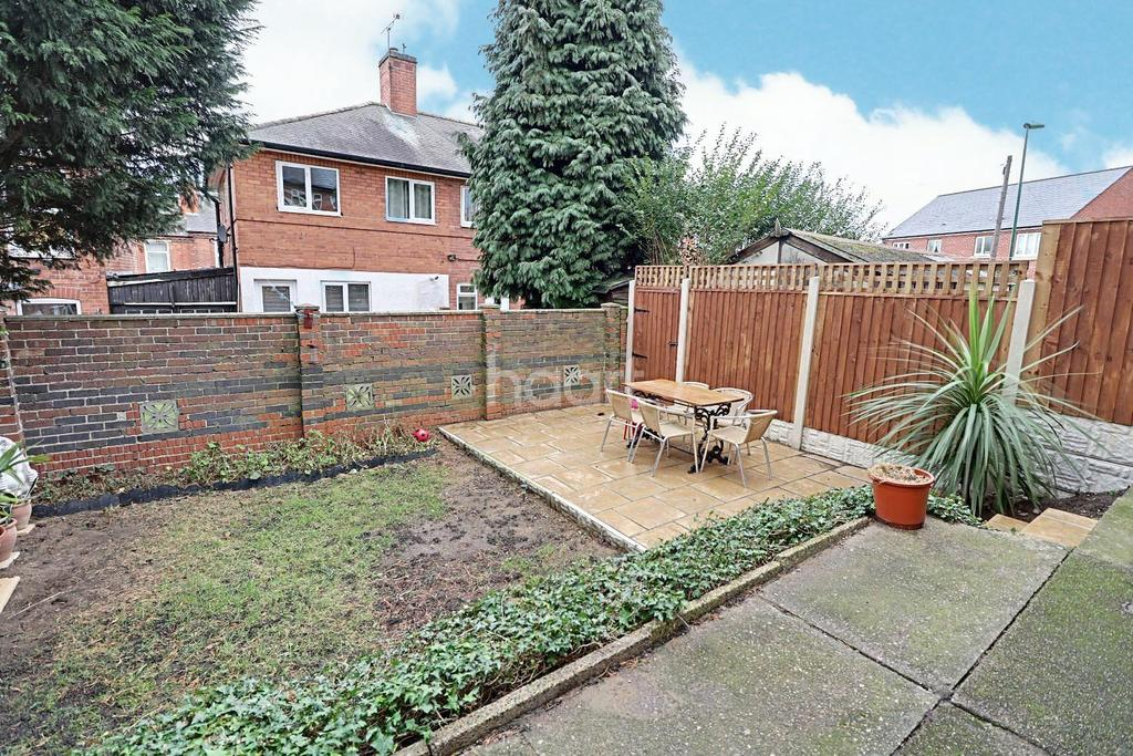 3 Bedrooms Semi Detached House for sale in Bradgate Road, Forest Fields