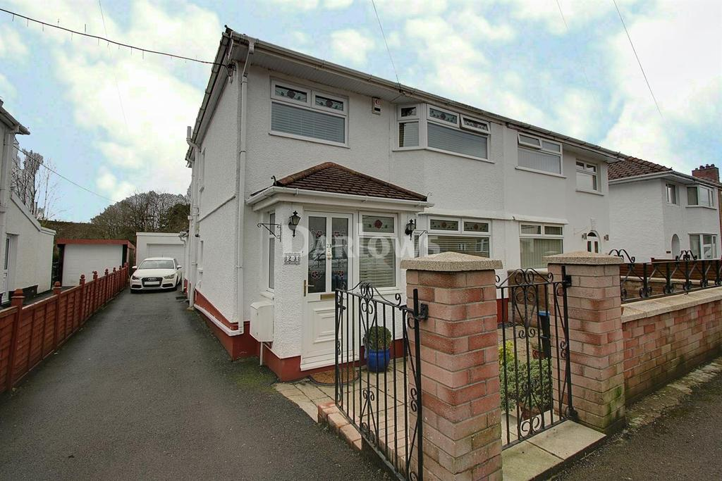 3 Bedrooms Semi Detached House for sale in New Church Road, Beaufort, Ebbw Vale, Gwent