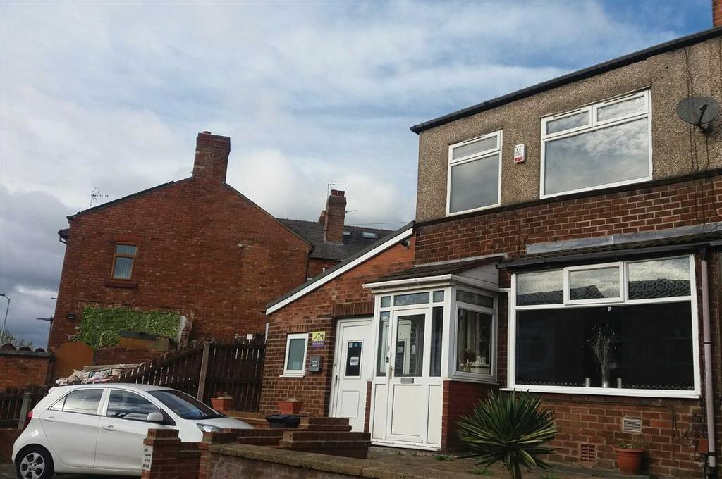 2 Bedrooms Semi Detached House for sale in Highfield Avenue, Whelley, Wigan, WN1