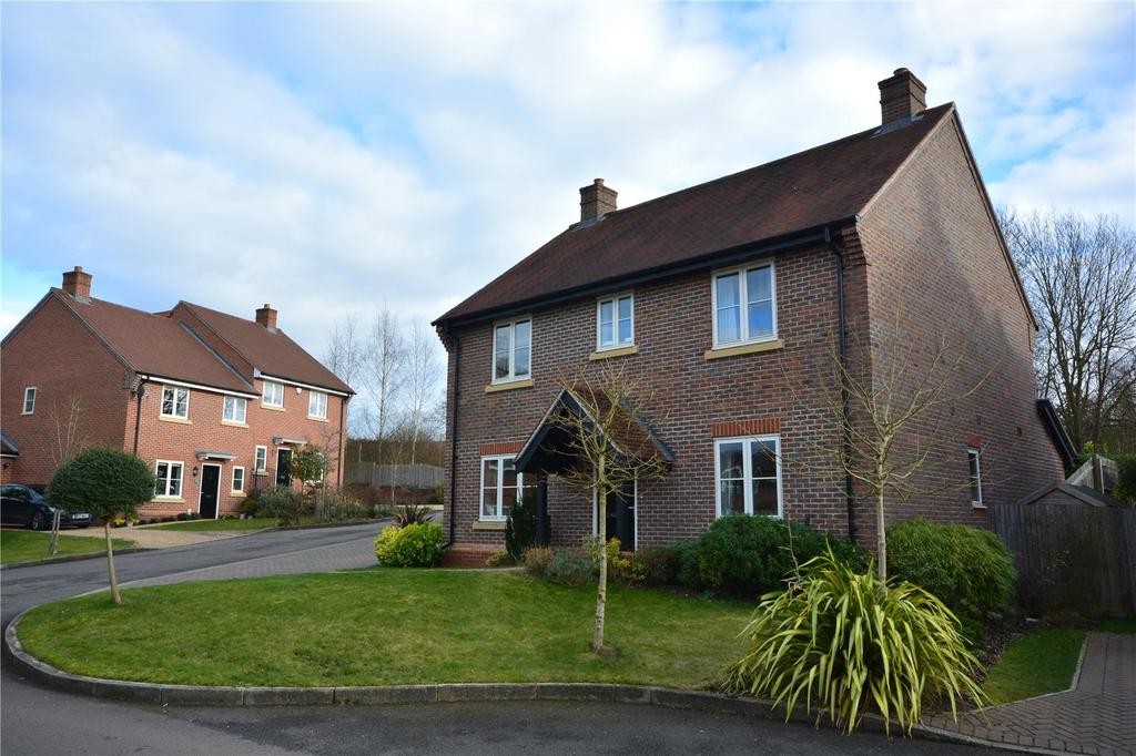 4 Bedrooms Detached House for sale in Redlands Drive, Upper Timsbury, Romsey, SO51