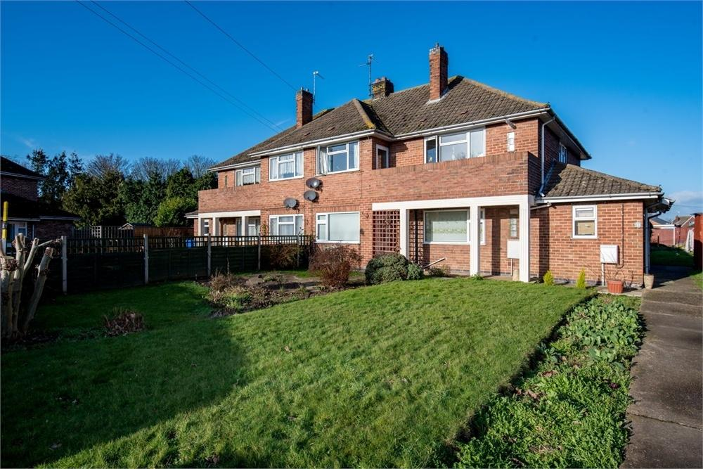 3 Bedrooms Flat for sale in Clifton Road, Boston, Lincolnshire