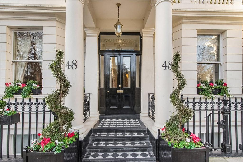 2 Bedrooms Flat for sale in Charlesworth House, 48 Stanhope Gardens, South Kensington, London, SW7