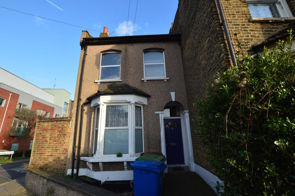 3 Bedrooms End Of Terrace House for sale in Lugard Road SE15