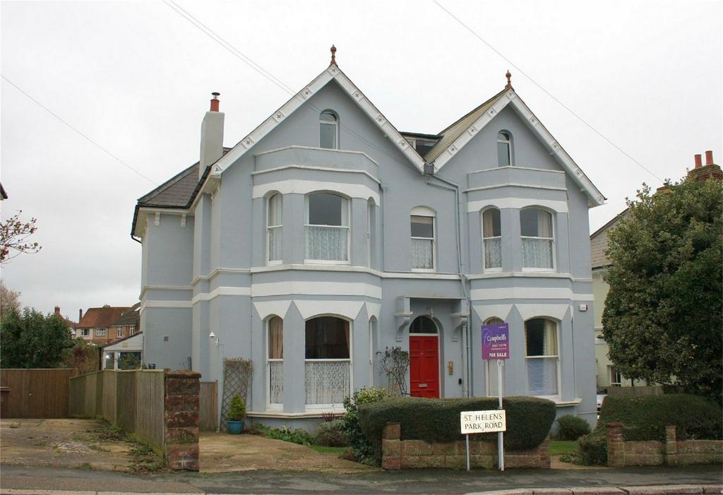 2 Bedrooms Flat for sale in 46 St Helens Park Road, HASTINGS, East Sussex