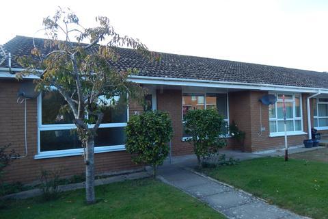 2 bedroom terraced bungalow to rent - The Fairway, Braunton