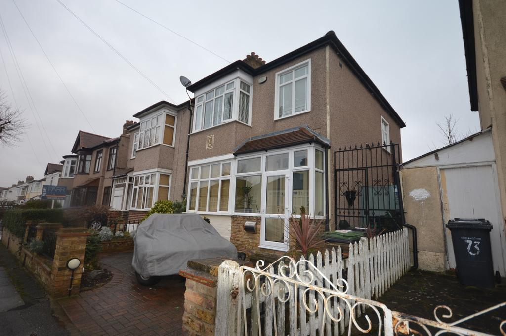 3 Bedrooms End Of Terrace House for sale in Harland Road London SE12