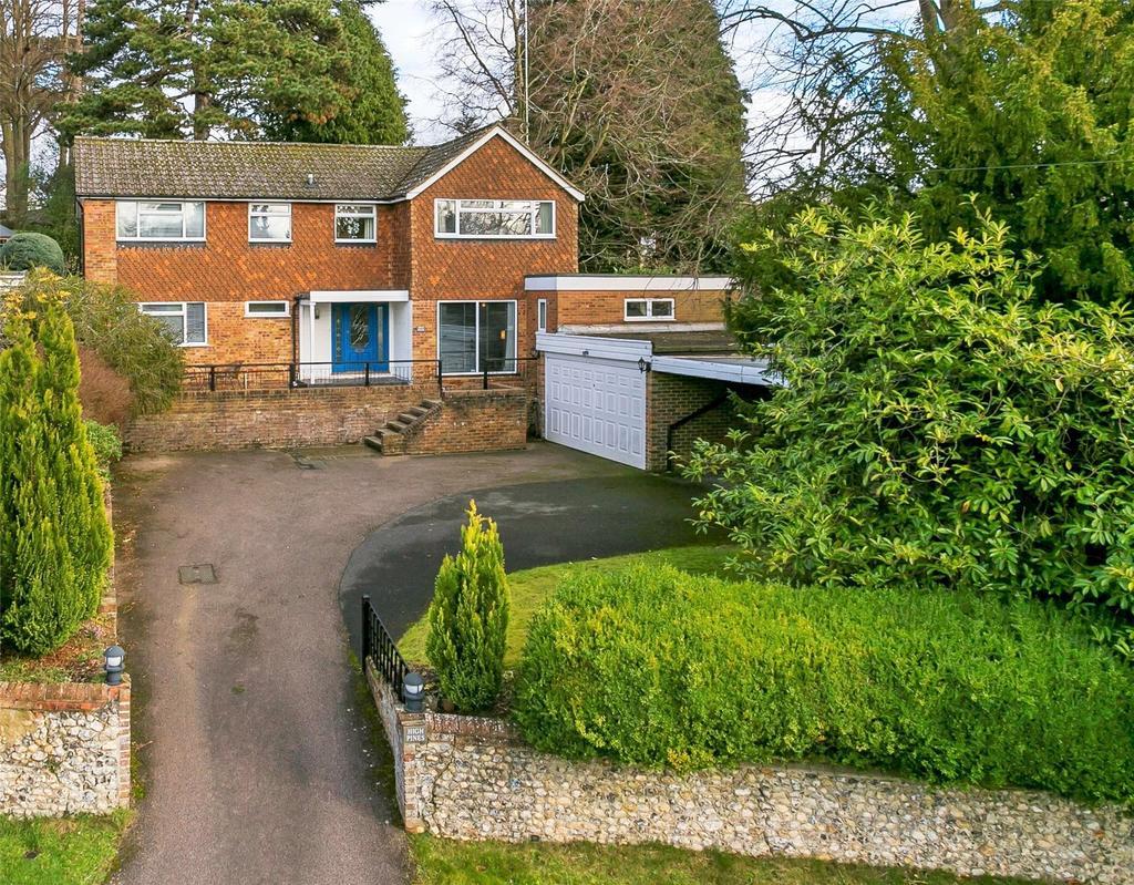 5 Bedrooms Detached House for sale in Ridgeway Road, Dorking, Surrey, RH4