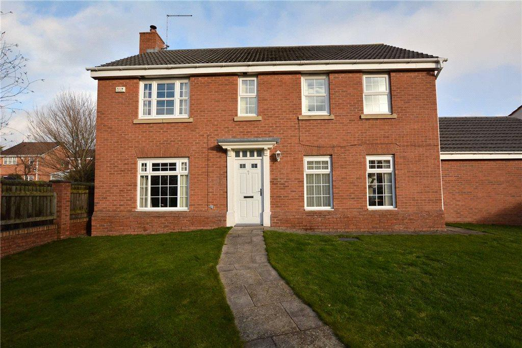 4 Bedrooms Detached House for sale in Swallow Close, Armley, Leeds, West Yorkshire