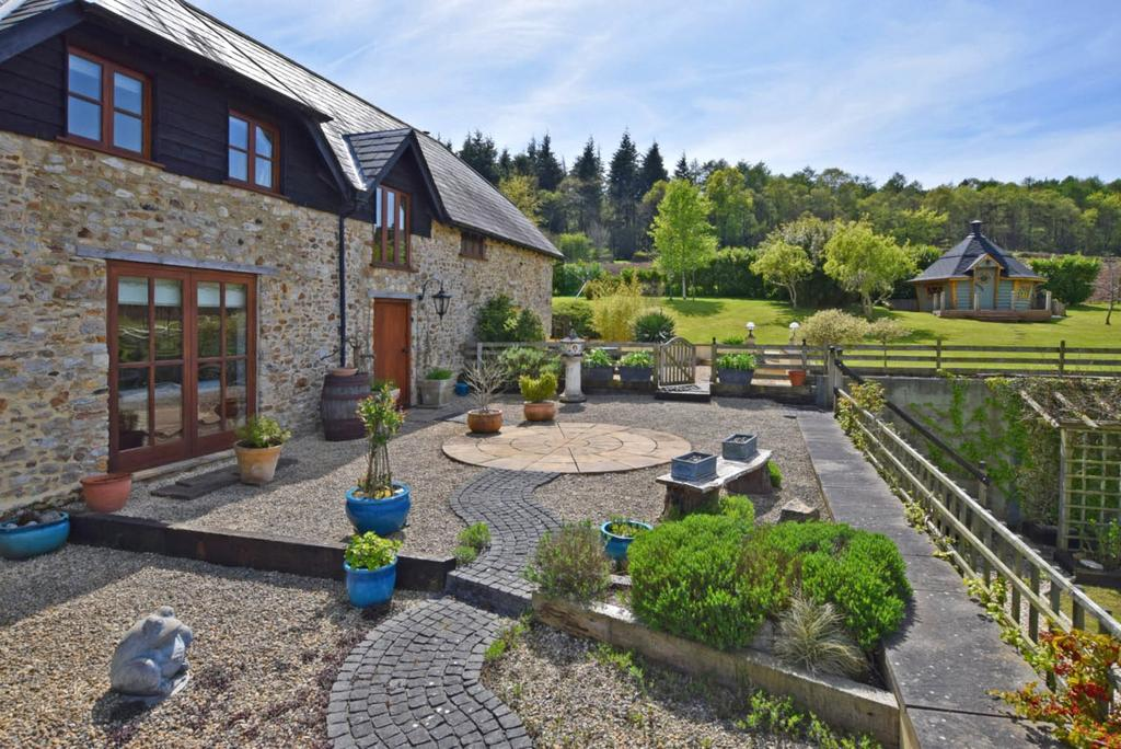 5 Bedrooms Detached House for sale in Kilmington, Axminster, Devon