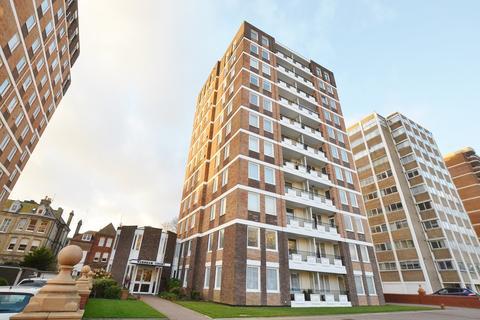 2 bedroom apartment for sale - Grand Avenue, Hove, BN3