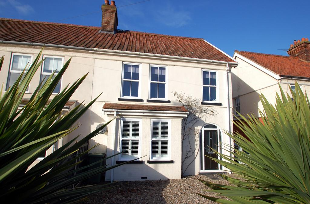 4 Bedrooms Semi Detached House for sale in Norwich Road, North Walsham