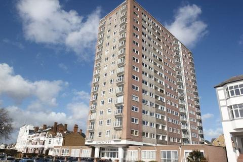 2 bedroom flat for sale - Tower Court, Westcliff-On-Sea