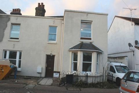 2 bedroom semi-detached house for sale - Hamlet Road, Southend-On-Sea