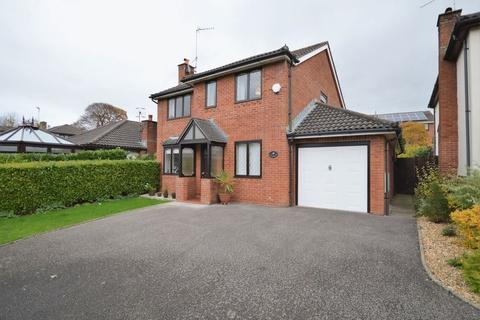 4 bedroom detached house to rent - Plas Derwen Close, Abergavenny