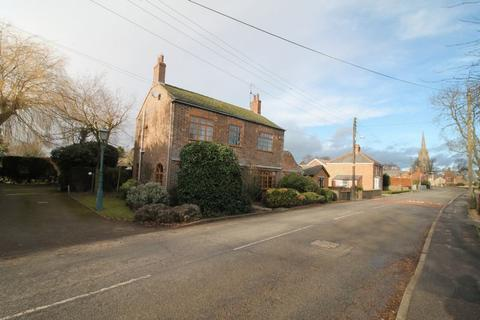 4 bedroom detached house for sale - High Street, Moulton