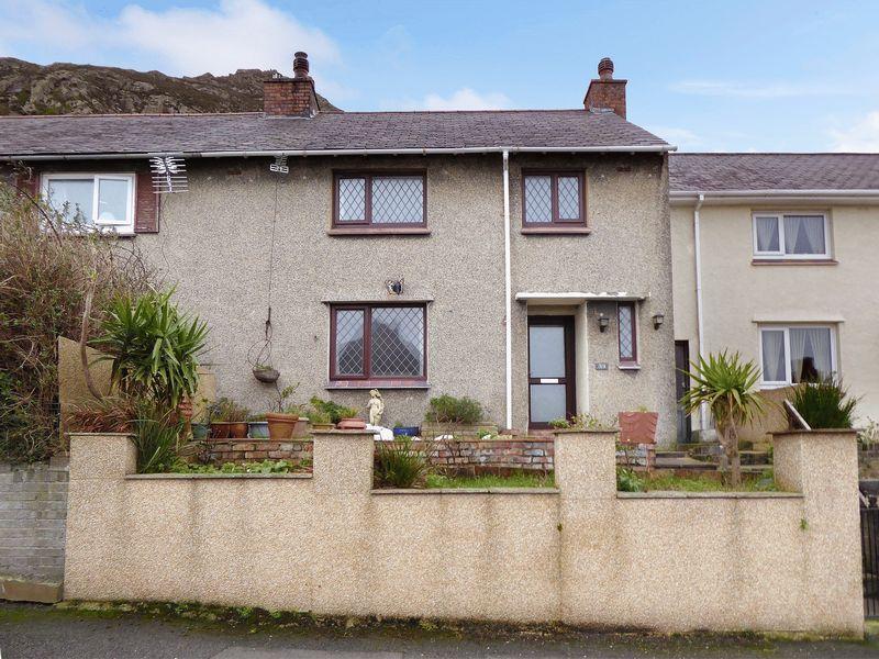 3 Bedrooms Terraced House for sale in Llanfairfechan
