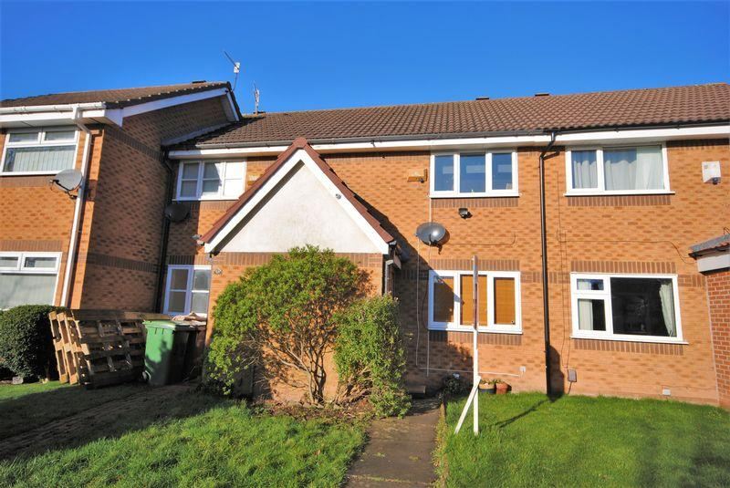 2 Bedrooms Terraced House for sale in Whiteside Close, Upton