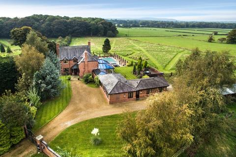 7 bedroom equestrian facility for sale - Sandhole Farm