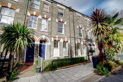 2 bedroom flat to rent - Bonnington Square, SW8
