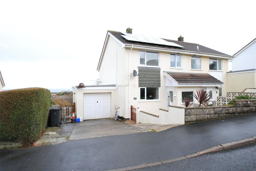 3 Bedrooms Semi Detached House for sale in Fern Way, Ilfracombe