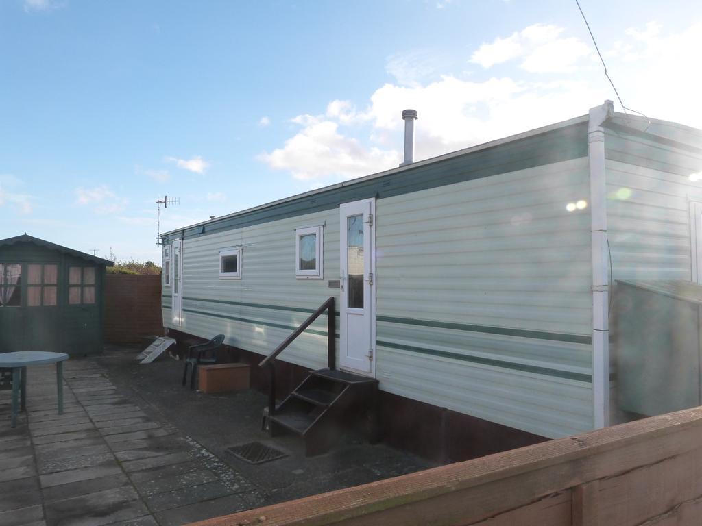 3 Bedrooms Caravan Mobile Home for sale in Freeways, Selsey