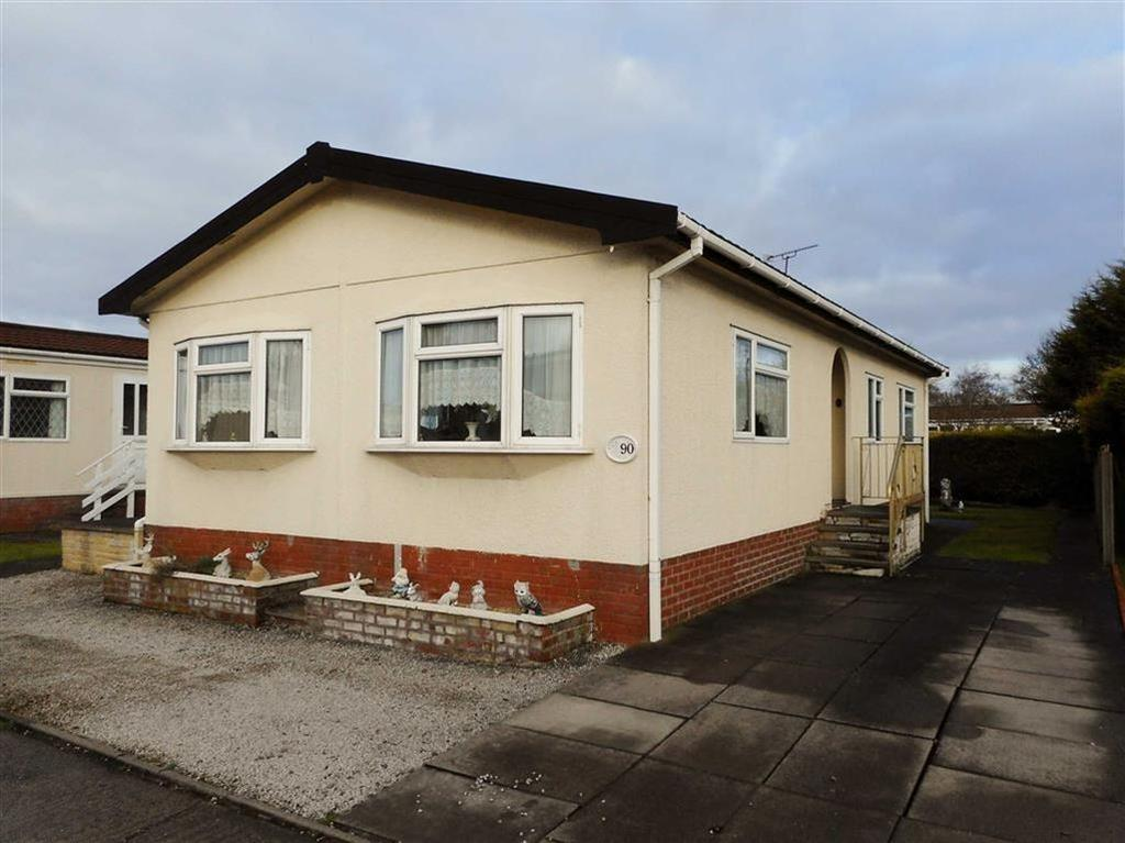 2 Bedrooms Park Home Mobile Home for sale in Lodgefield Park, Stafford, Staffordshire