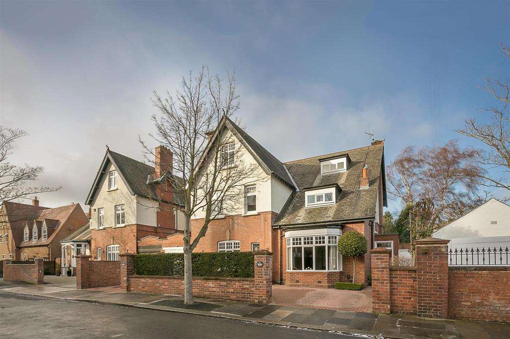 6 Bedrooms Detached House for sale in Graham Park Road, Gosforth, Newcastle upon Tyne