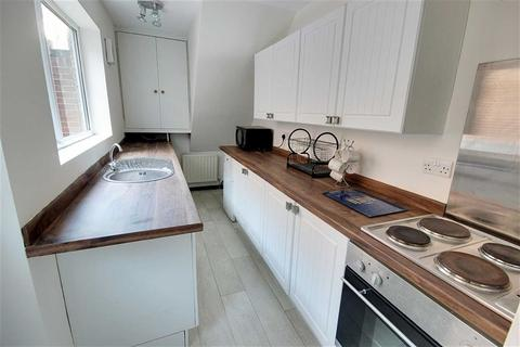 2 bedroom flat to rent - Oxford Street, South Shields, Tyne And Wear
