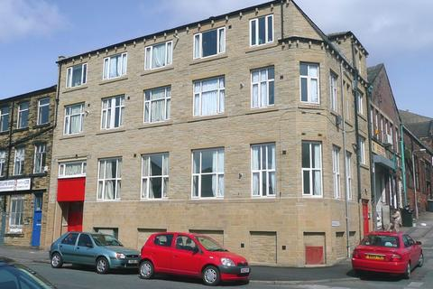 Studio to rent - Sunbridge Rd, Bradford, BD1