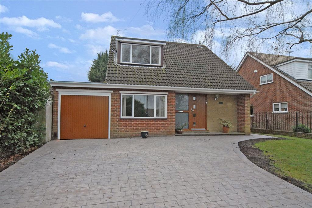4 Bedrooms Detached House for sale in Southfield Road, Chislehurst, BR7