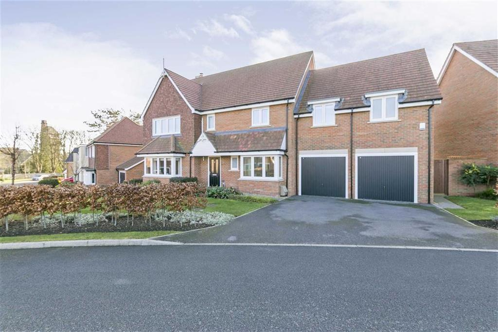 5 Bedrooms Detached House for sale in Osborne Way, Epsom, Surrey