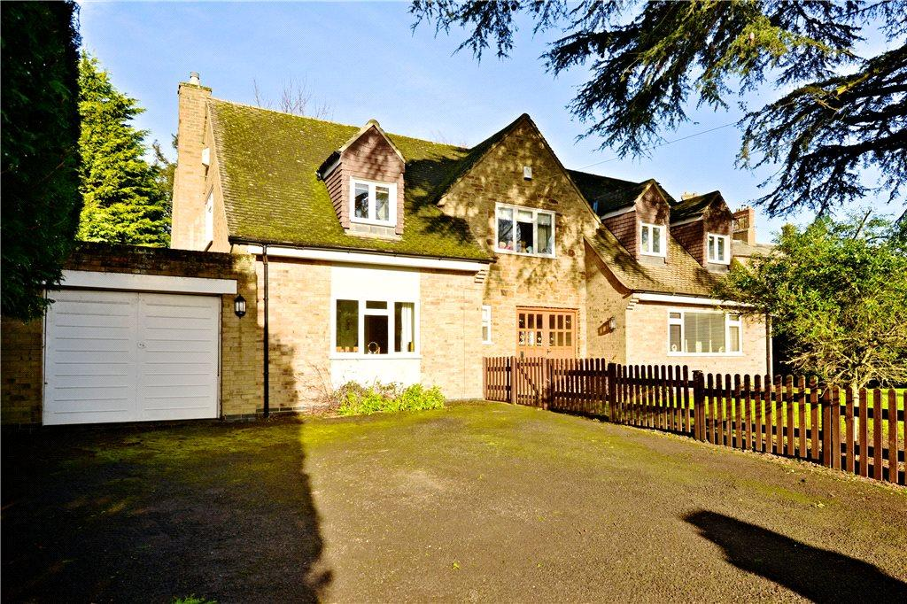4 Bedrooms Detached House for sale in Church Walk, Great Billing, Northamptonshire
