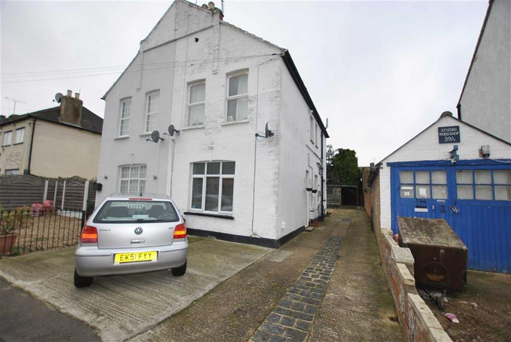1 Bedroom Apartment Flat for sale in West Road, Shoeburyness, Essex